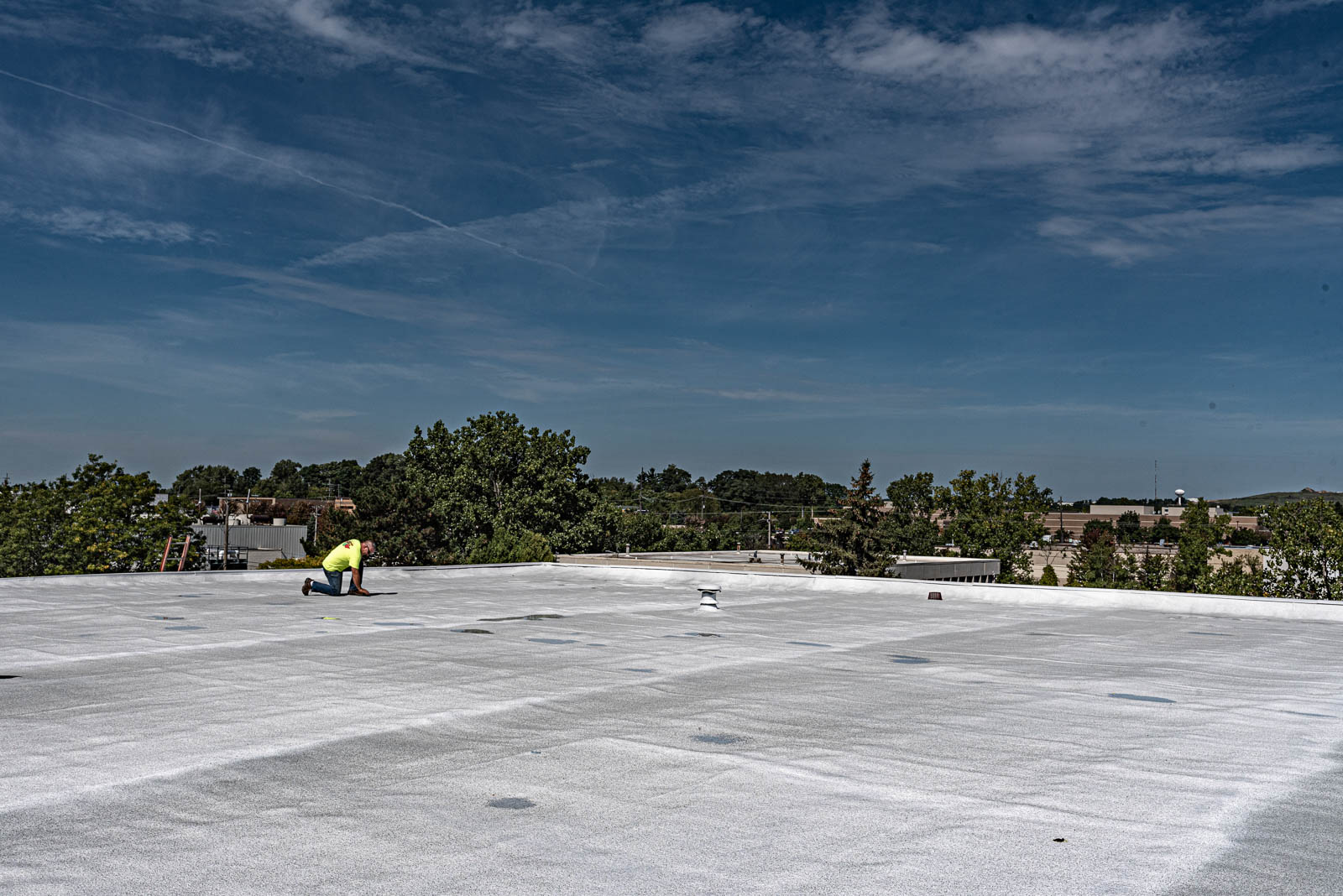 Commercial Roofing Detroit – 3 Reasons you need spray foam